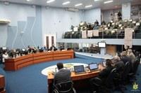 Câmara aprova homenagem a Governador do Paraná