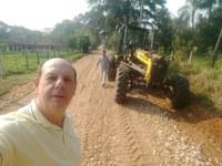 Guaragi: Estradas rurais recebem manutenção